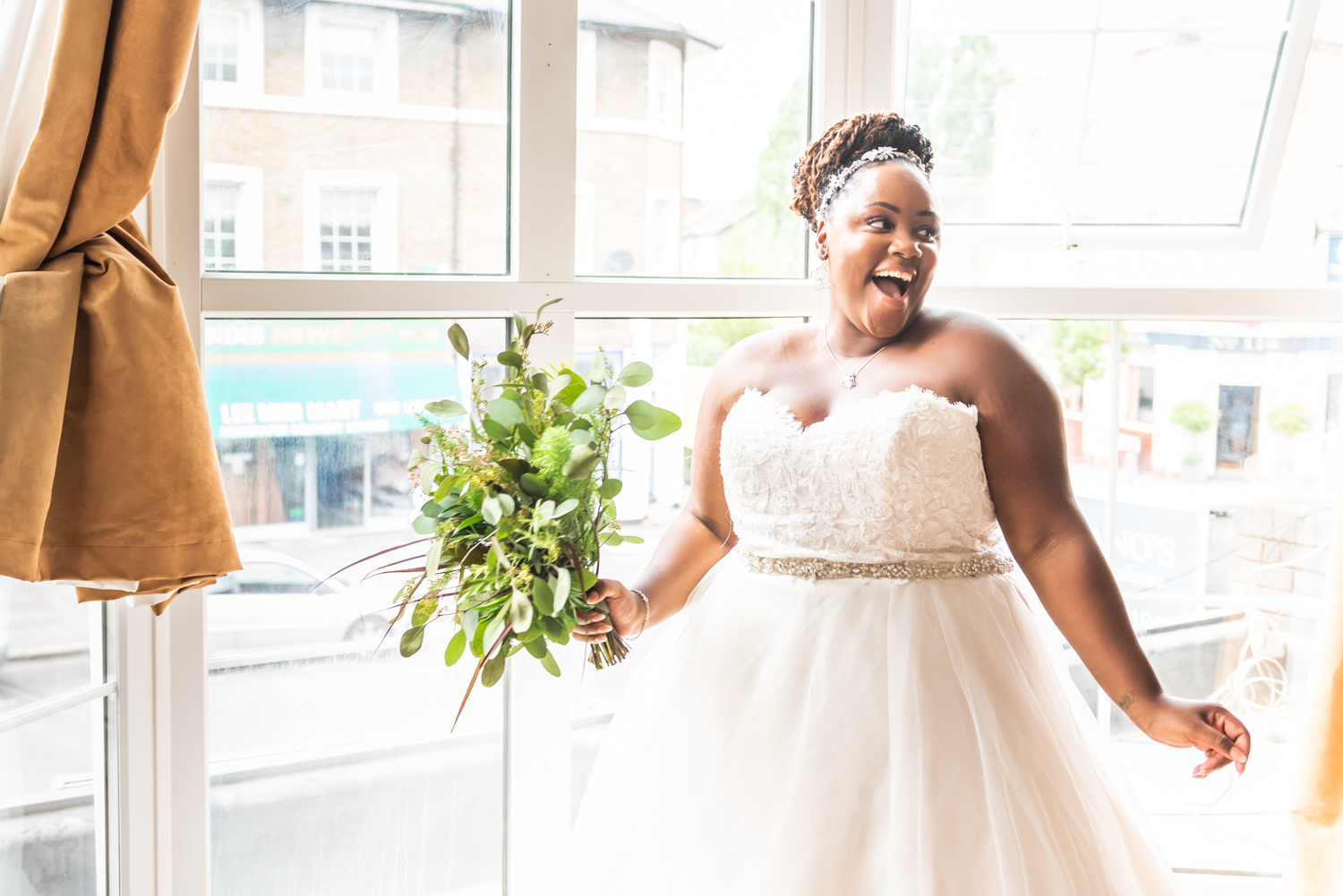 Bride getting ready piccolinoweddings south london photographer