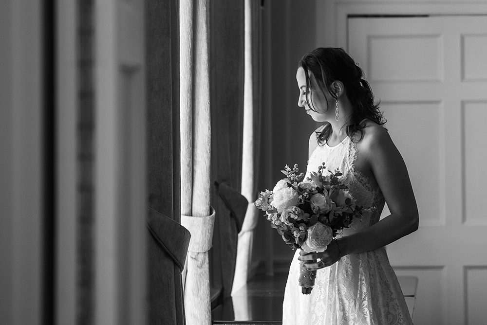 Bride portrait at the Bromley Registry Office